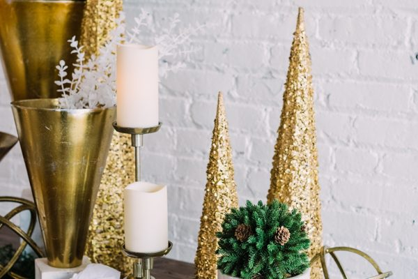 Gallery Gold decor package with holiday add-on
